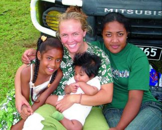 Tessa Horan, center, a former Aspen High School student, died after a shark attack Wednesday in Tonga, an island about two-thirds of the way from Hawaii to New Zealand. (Contributed photo)