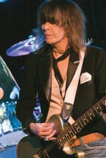 """Stewart Oksenhorn/The Aspen TimesChrissie Hynde, pictured in a 2009 performance at Belly Up Aspen with the Pretenders, on her long-lasting band: """"I've taken it as far as I could with those songs. After 30 years, who cares?"""""""