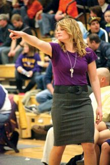 Jim Ryan/Special to The Aspen TimesLauren Redfern coaches a basketball game at Roaring Fork High School in January. Redfern, a Basalt High School basketball coach and teacher, will be arrested on suspicion of having a sexual relationship with a student.