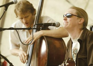 Stewart Oksenhorn/The Aspen TimesThe Wood Brothers, led by siblings Chris, left, and Oliver Wood, play Saturday at Belly Up Aspen.