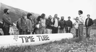 Aspen Times file A crowd of onlookers gathered for the ceremonial burying of the Aspen Time Tube on June 23, 1983. Among its contents was a mouse from a Lisa computer provided by Steve Jobs, who died one year ago today.