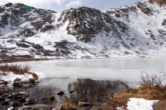 Janet Urquhart/The Aspen TimesIce covers Linkins Lake on Independence Pass near Aspen.