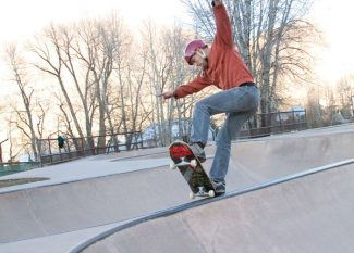 Stewart Oksenhorn/The Aspen TimesGabriel Villarreal, of Carbondale, tries out a move in the Rio Grande Skatepark on Tuesday afternoon. The Aspen City Council has decided to include $25,000 in its 2013 budget for the planning effort toward the skate park's expansion.