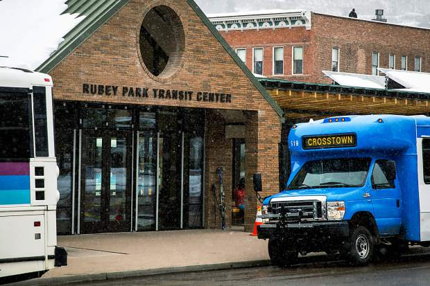 Low Gas Prices Possibly Cutting Into Aspen Area Bus Ridership