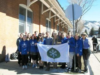Mayor Steve Skadron met with 12 exchange students from New Zealand on Tuesday as part of Aspen's Sister Cities program.