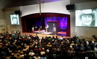 tFriends and family members of Mike Strang filled Orchard church in Carbondale on Monday morning to celebrate his life.