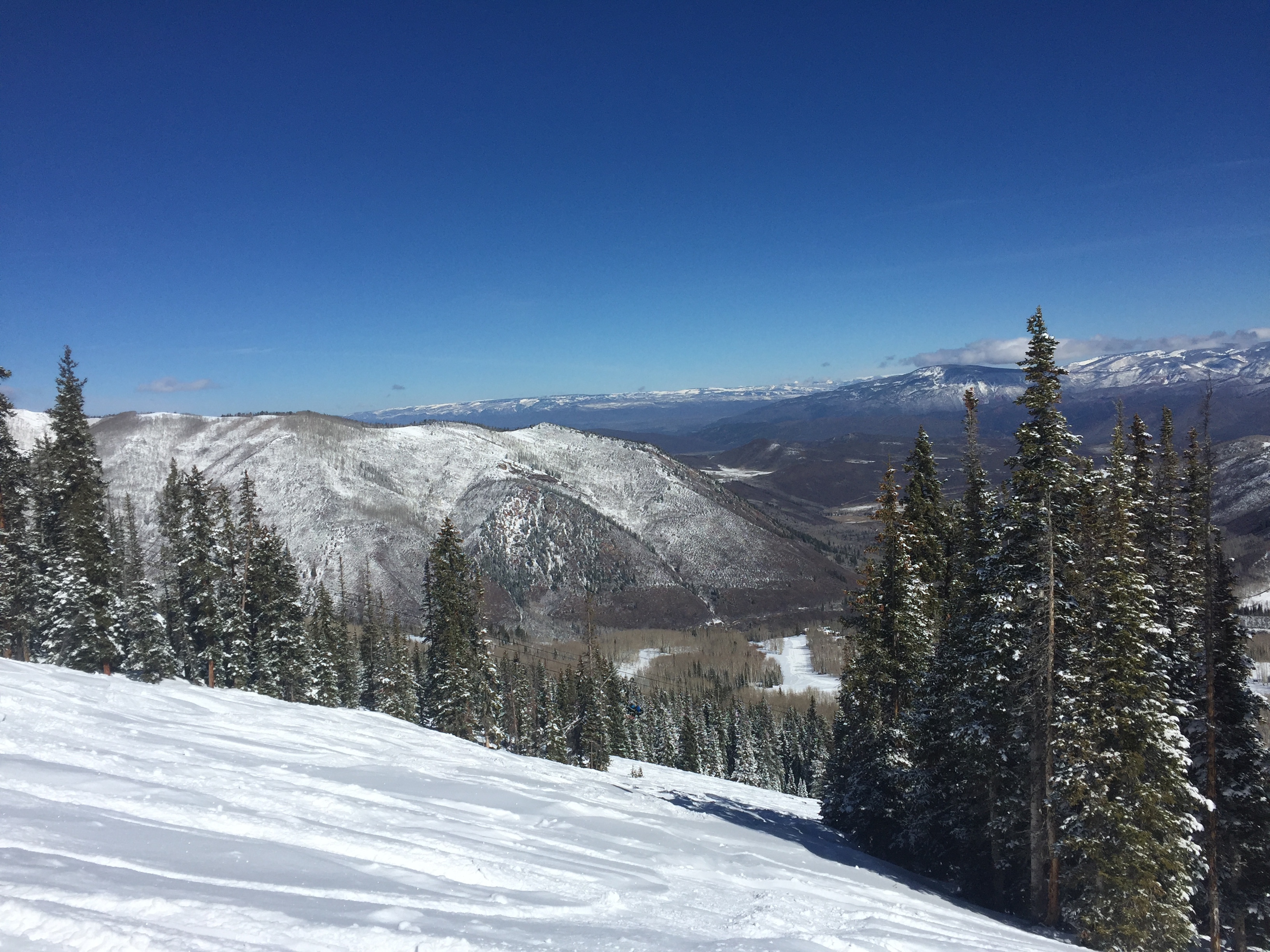 #AspenOnTheHill – 7 inches at Snowmass!