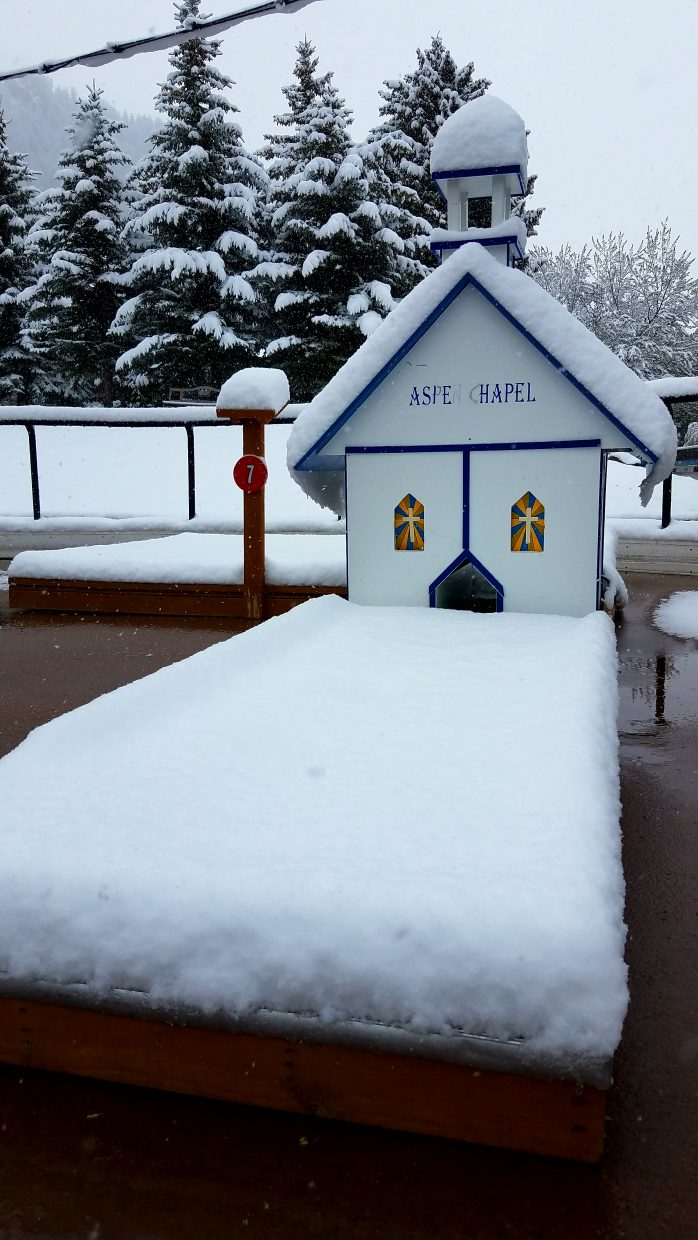 Around 6 inches of snow fell overnight Wednesday into Thursday morning in Aspen.