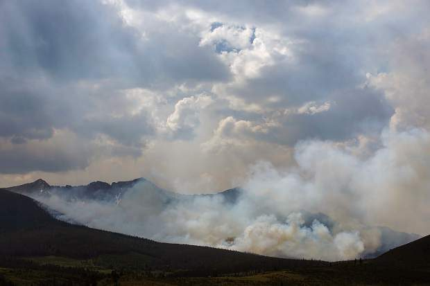 Breckenridge fire scorches 80 acres; all residents on pre-evacuation notice