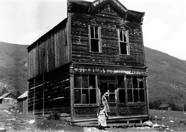 One b/w photograph of two women outside the Hotel View at Ashcroft, 1926.