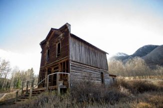 Walk with Aspen's Past … Area's ghost towns have 'certain presence'