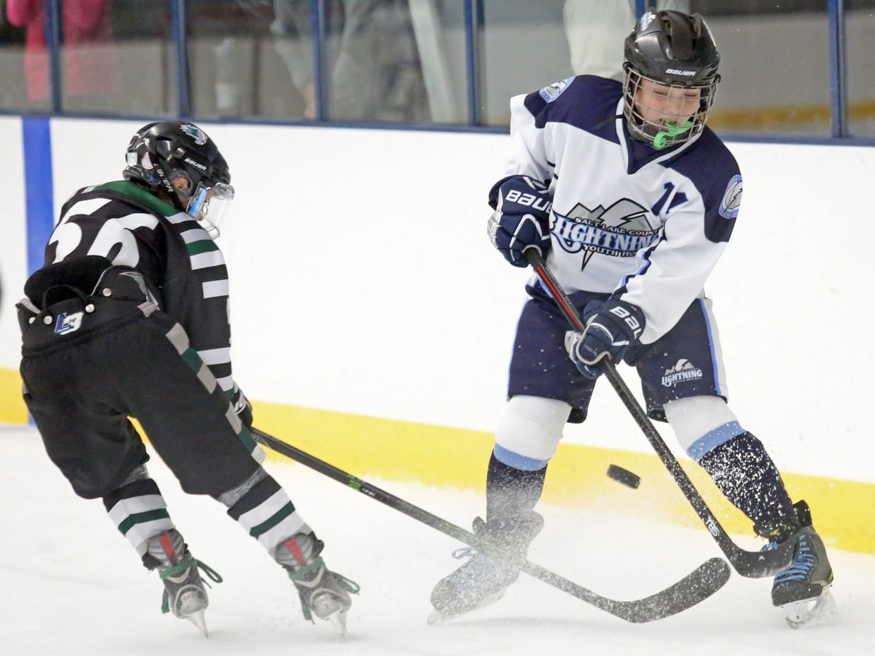 Aspen Junior Hockey Concludes Annual Fall Faceoff Ajh Team Wins In
