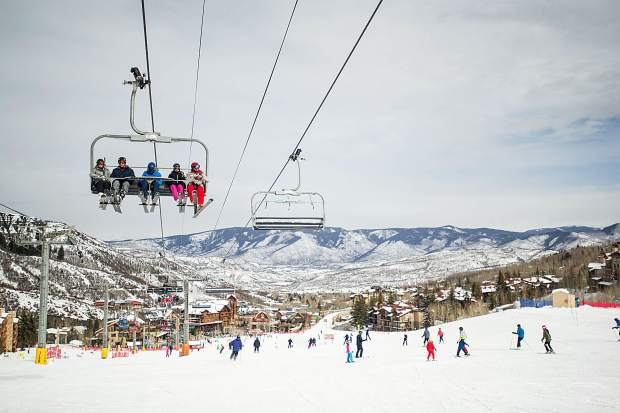 Parents of young skiers push for Colorado chairlift safety as lawmakers renew tramway board