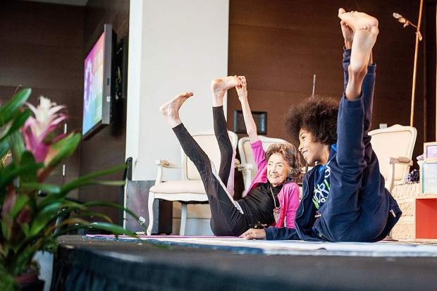 If You Have A Body Then You Can Do Yoga World S Oldest Youngest Instructors Teach Class Together Aspentimes Com