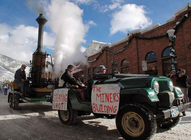 Carl Bergman plays his steam calliope during the 2008 Winterskol parade in Aspen. He picked up a magazine about hobbies one day and built the steam calliope in the early 1970s, and his machine made its debut at the 1976 Winterskol parade. Bergman, who owned Carl's Pharmacy for more than 50 years, died Sunday at his home in Aspen. He was 85.
