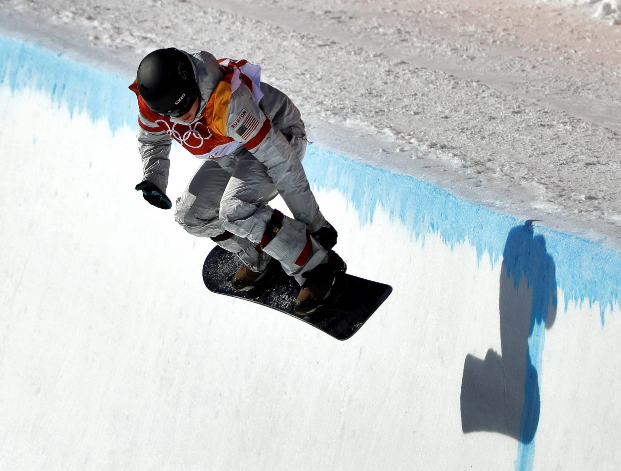 Arielle Gold, of the United States, runs the course during the women's halfpipe finals at Phoenix Snow Park at the 2018 Winter Olympics in Pyeongchang, South Korea, Tuesday, Feb. 13, 2018. (AP Photo/Gregory Bull)