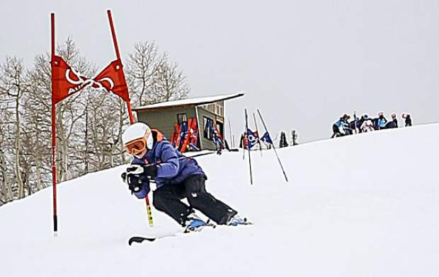 Devon Phillips during AVSC alpine ski practice at Highlands.