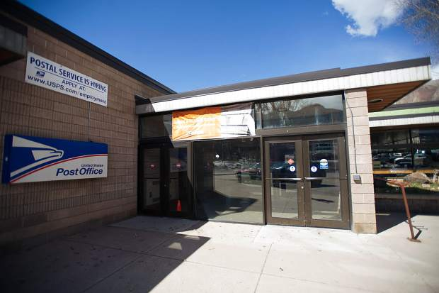 AAA files complaint about Aspen Post Office after bundles of