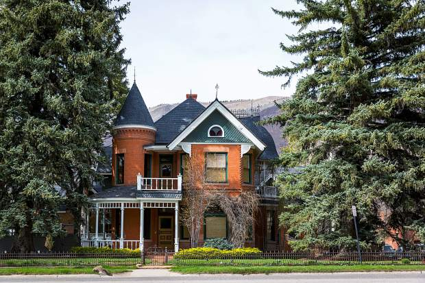 Luxury Home Builders Aspen Constructors Emerges From Bankruptcy