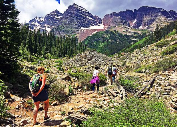 Colbert The Majesty Of The Maroon Bells Aspentimes Com