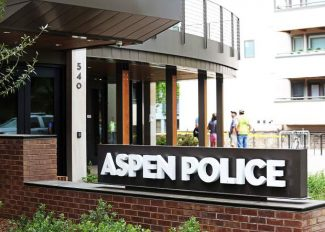 Aspen police sign 'too bold'
