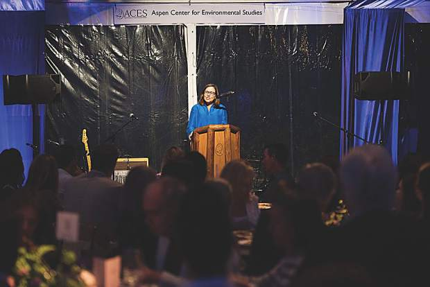 Environmental pioneer Annie Leonard gives the keynote speech at Evening on the Lake 2018. MarySue Bonetti photo.