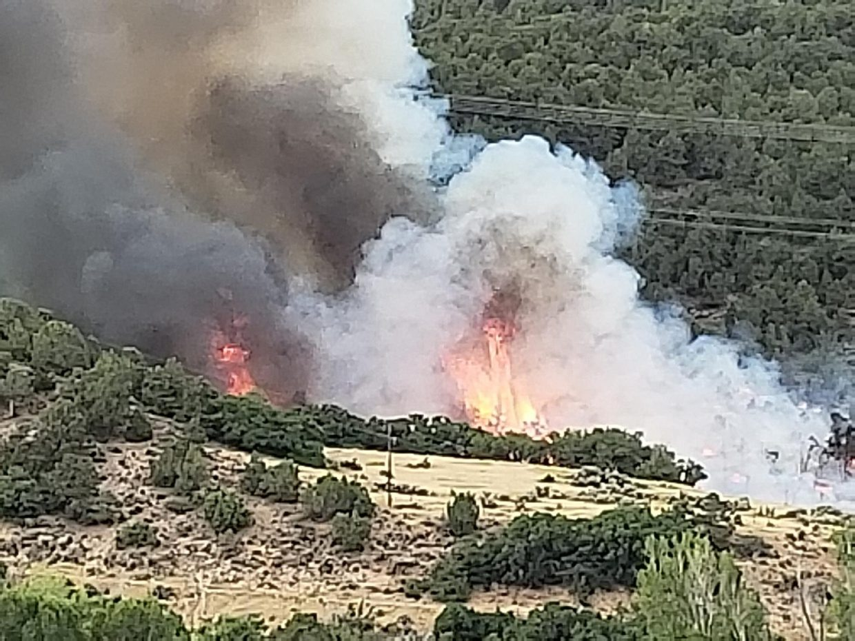 A wildfire is burning near Basalt and it is affect power in the area and the valley.