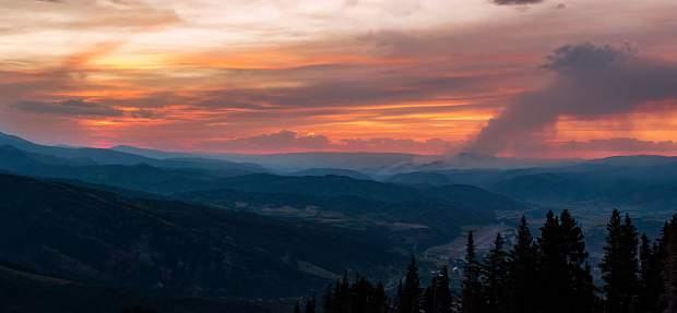 Aspen Times reader Sam Sandefer caught this image of the Lake Christine Fire from the top of Aspen Mountain when the was still at its peak.