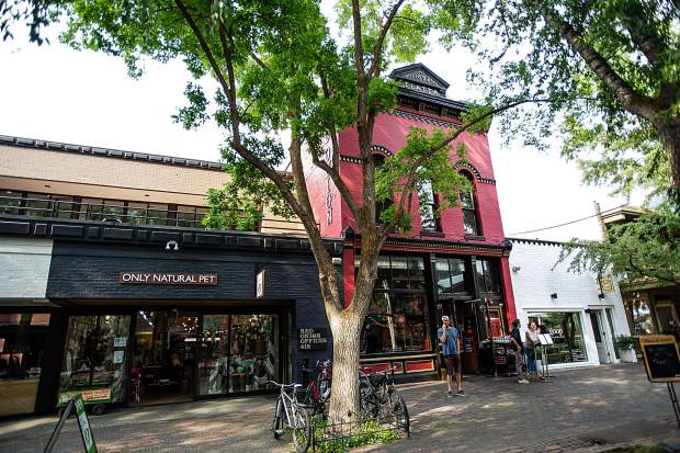 Jazz Aspen Snowmass has put under contract a property owned by developer Mark Hunt on the Cooper Avenue Mall for $15 million. The new performance venue is next to and above the Red Onion.