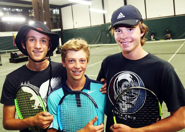 Aspen High School tennis team singles players, from left, Alex Ilic, Christian Kelly and Alex Mosher will compete in the Class 4A state tournament this week in Pueblo. (Photo by Austin Colbert/The Aspen Times).