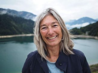 Councilwoman Ann Mullins announces bid for Aspen mayor