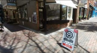 Business Monday: Aspen pet store seeks settlement with online troll