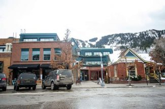 Restaurant Row building in Aspen sells for $14.8 million