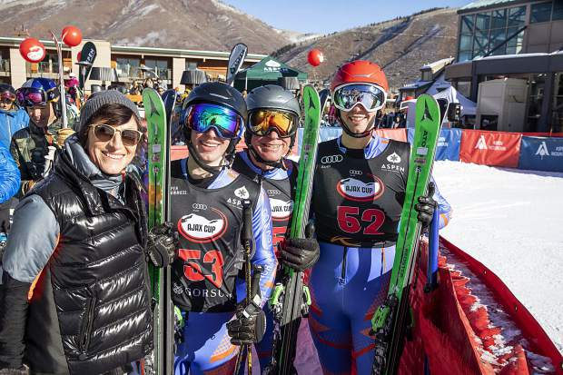 Dec 30, 2018 Audi Ajax Cup AVSC Aspen Vally Ski Club Little Nell Race Runs @mattpower