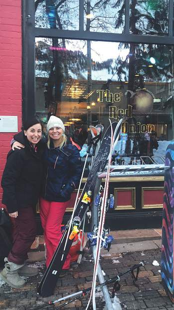 Katherine Roberts and Lea Tucker wrap up a grand ski day with apres-ski at The Red Onion.