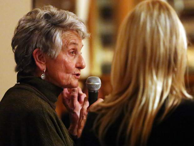 Cherie Oates speaks during the Aspen Valley Ski and Snowboard Club hall of fame dinner at the T-Lazy-7 Ranch on Saturday, Feb. 23, 2019. The Oates family recieved the Legacy Family Award. (Photo by Austin Colbert/The Aspen Times).