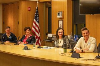 Aspen issues dominate Squirm Night council forum