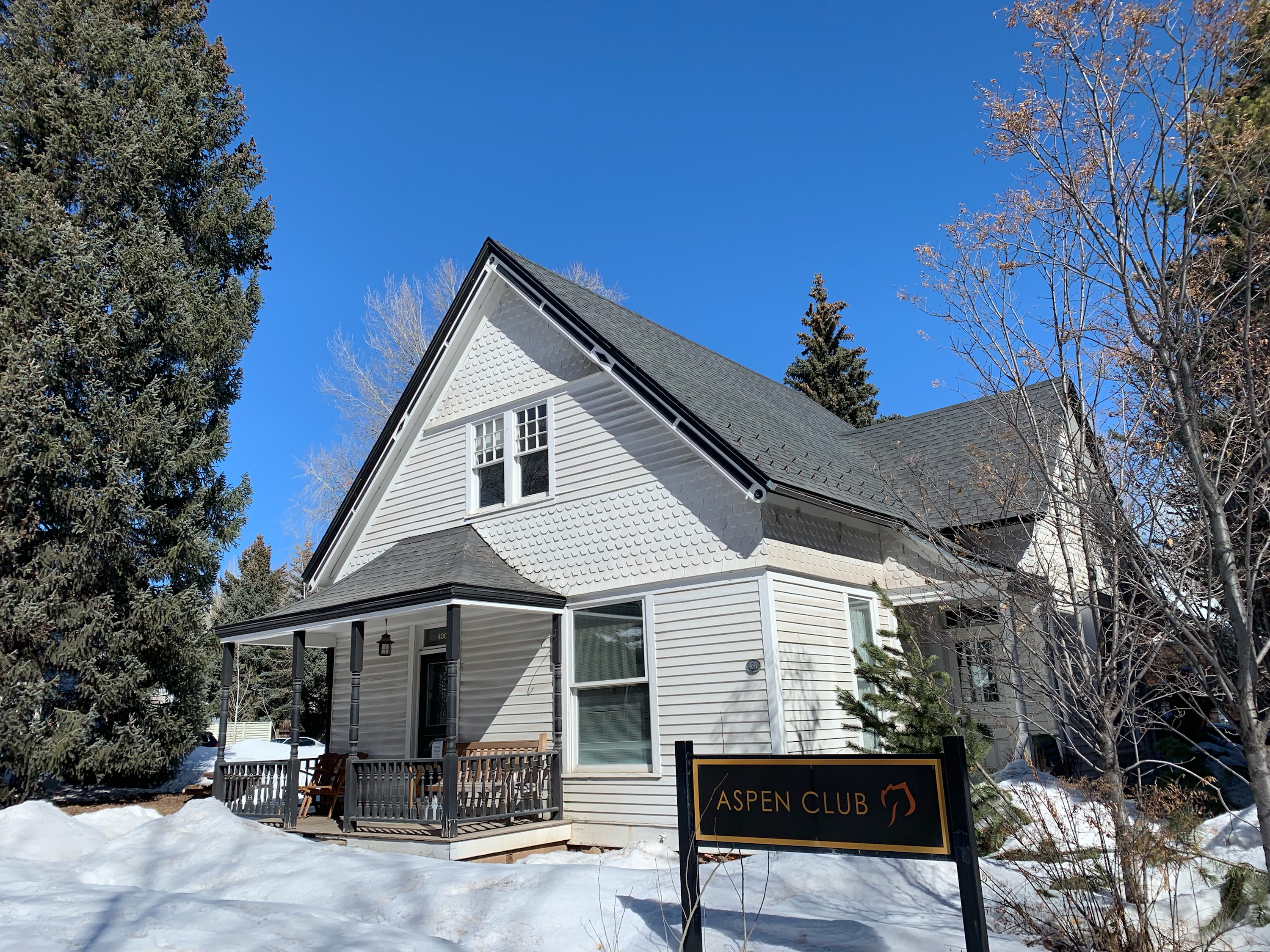 Aspen Club's physical therapy division evicted