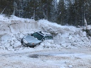 Multiple cars buried after major avalanche on Highway 91 near Copper Mountain