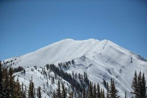 Man seriously injured in Highlands Bowl, airlifted off mountain to hospital