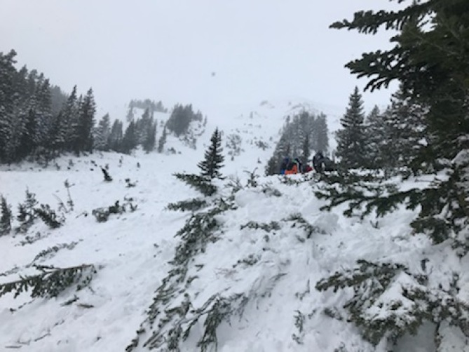 Backcountry skier dies in avalanche on Jones Pass in Clear Creek County