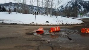 Snow, wet weather permeating Aspen's pothole problem