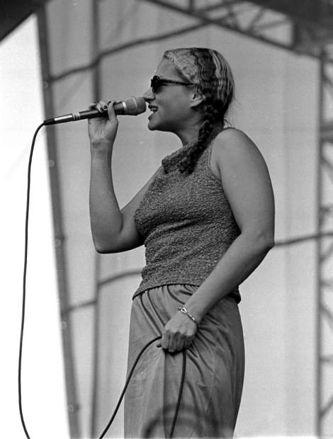 Joan Osborne photographed during a 1997 performance in Snowmass VIllage.