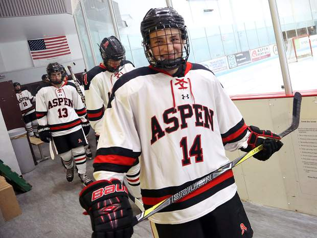 Aspen's Henry Morrison signs to play junior hockey next season in