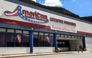 Glenwood's American Furniture Warehouse closing