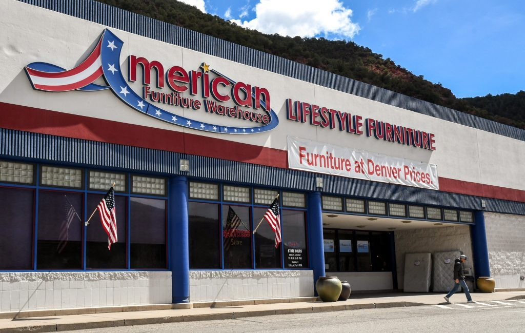 American Furniture Warehouse Located In South Glenwood Near Wal Mart Is Set To Close June Chelsea Self Springs Post Independent