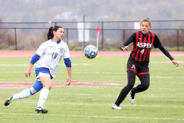 Aspen High School's Jasmin Hanson defends in the girls soccer game against Englewood on Wednesday, May 8, 2019, on the AHS turf. (Photo by Austin Colbert/The Aspen Times)
