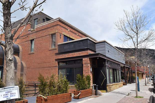 Business Monday Two New Eateries Coming To Restaurant Row