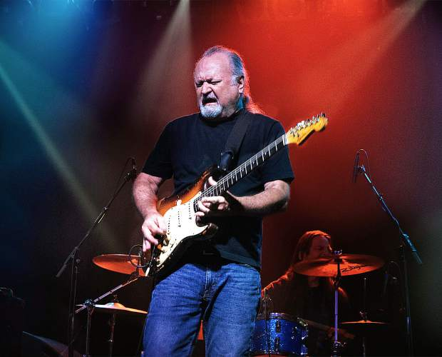 Bluesman Tinsley Ellis to headline free Basalt Summer Concert Series