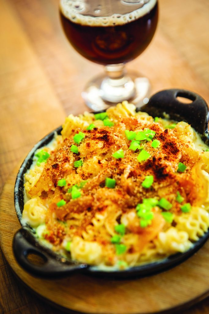 Jalapeno mac n' cheese with caramelized onions